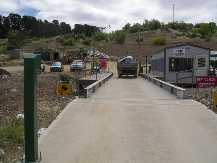 Dual direction weighbridge